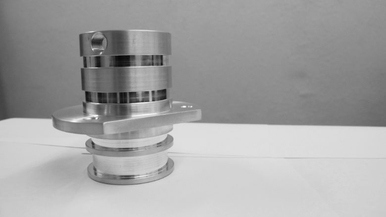 Precision CNC lathe part prametric manufacturing
